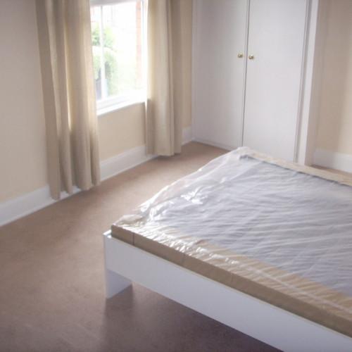 large bedroom2 (2) (Medium)